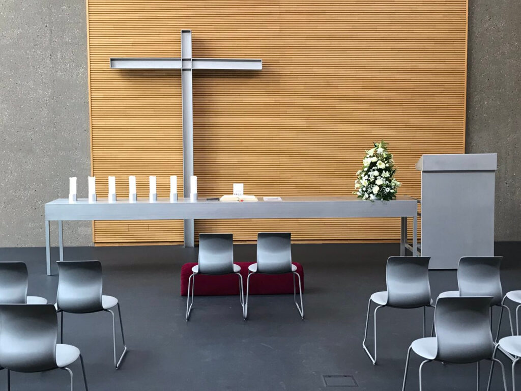 Stuhlstellung zur Trauung in der Ev. Johanneskirche Wiesbaden